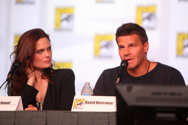 Emily_Deschanel_&_David_Boreanaz_(7594529454).jpg
